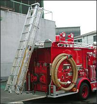 はしご昇降装置