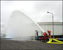 大容量泡放水砲システムー機動性